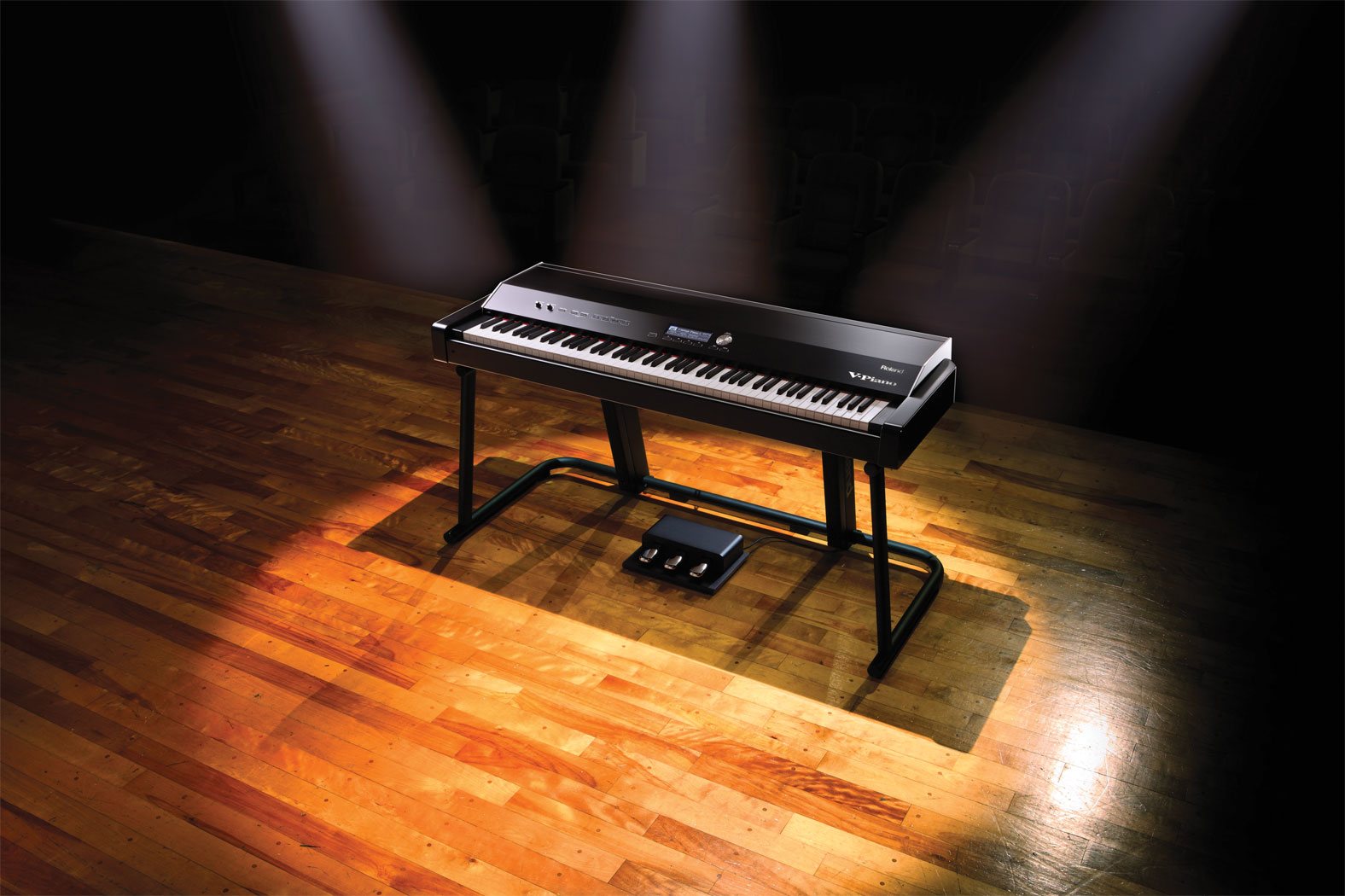 v_piano_stage_gal