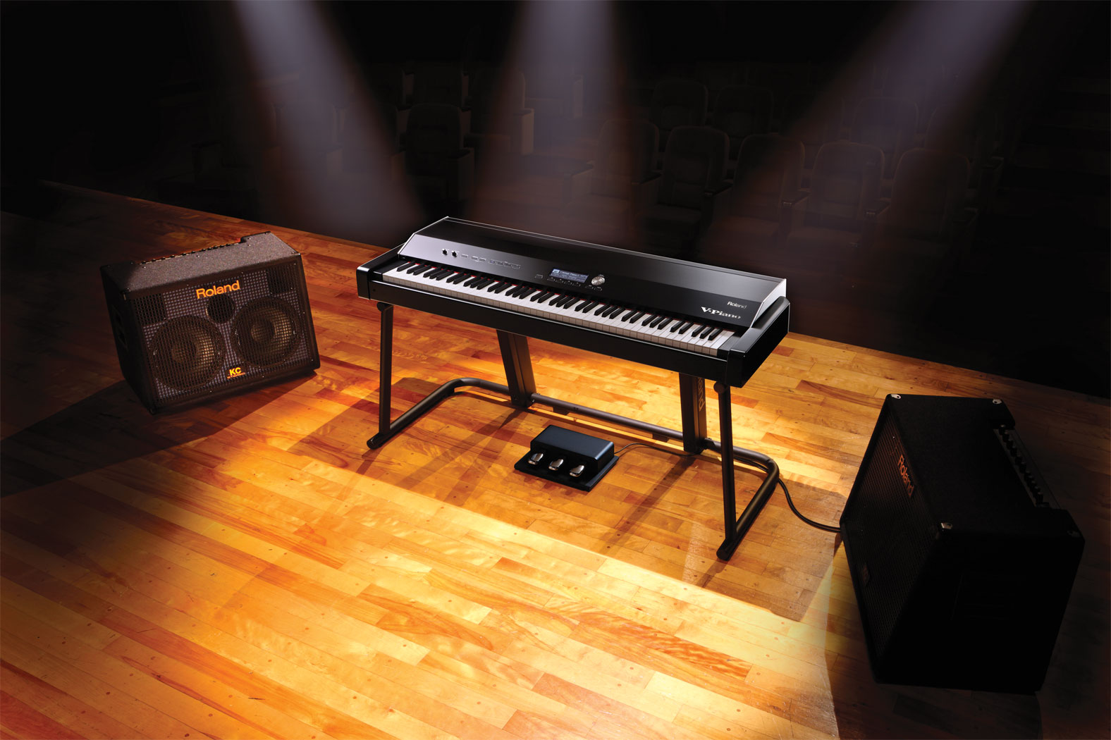 v_piano_stage_kc_amps_gal